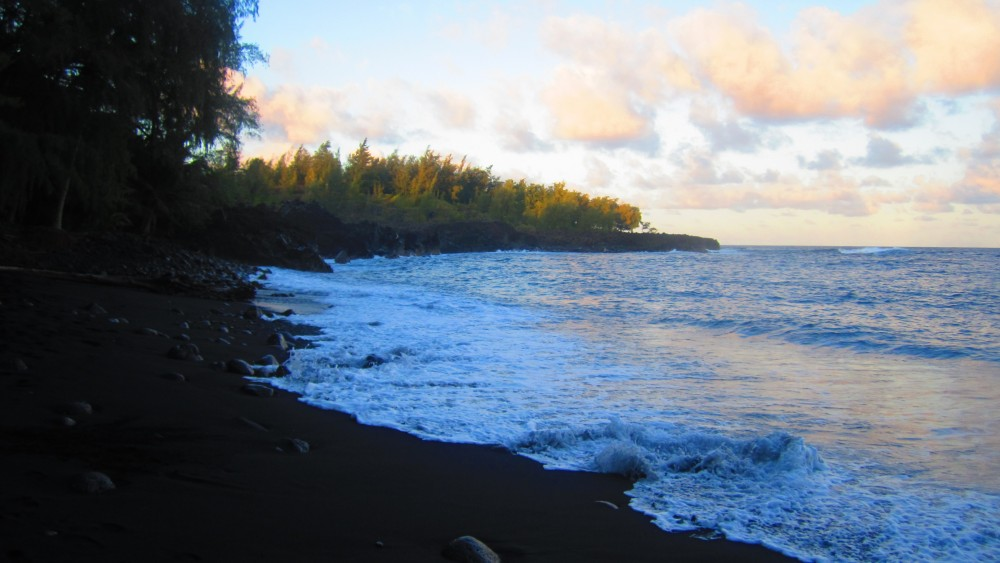 Black Magic at Kehena Beach, Hawaii (6/6)