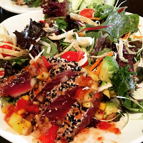 Ahi Sashimi Salad at Kona Brewing Company